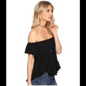 🌺 Free People Mint Julep off shoulder black top